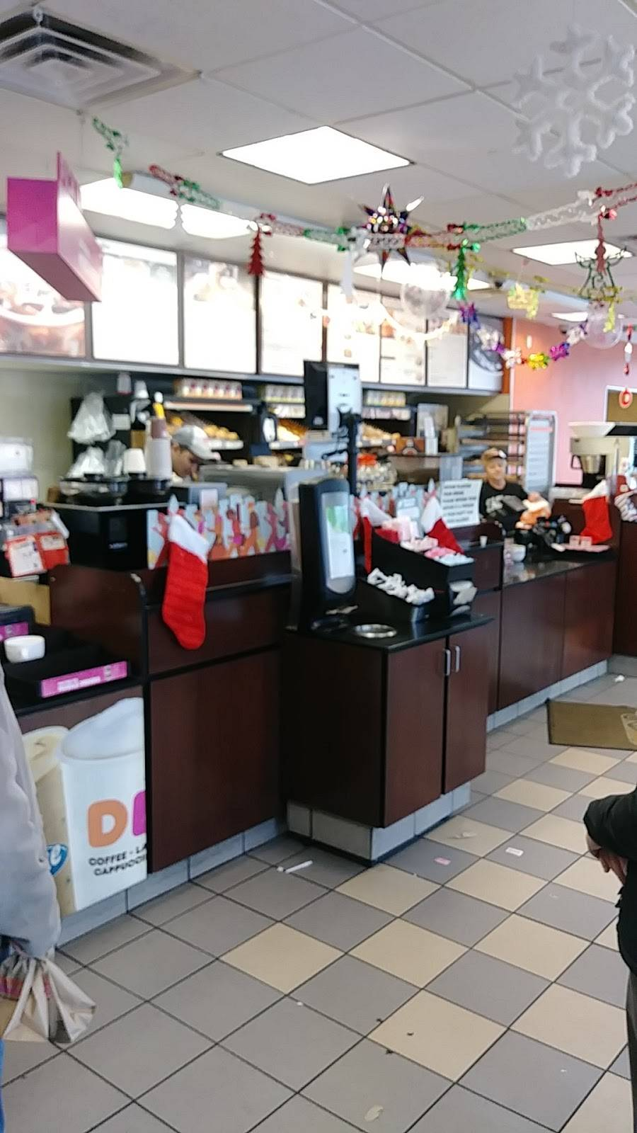 Dunkin | cafe | 1300 MacDade Boulevard, Woodlyn, PA 19094, USA | 6108331302 OR +1 610-833-1302