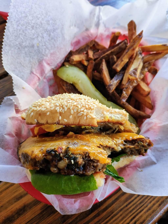 The Anchored Inn | restaurant | 57 Waterbury St, Brooklyn, NY 11206, USA | 7185763297 OR +1 718-576-3297