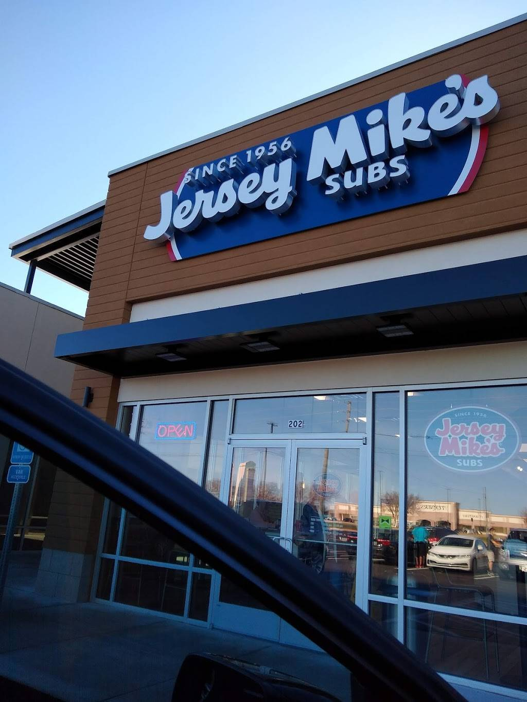 Jersey Mikes Subs | meal takeaway | 794 GA-96 Suite 202, Bonaire, GA 31005, USA | 4783135482 OR +1 478-313-5482