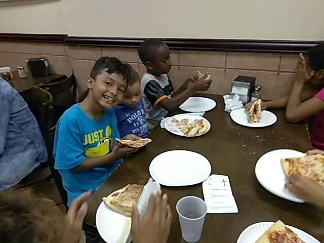Bella Pizza | restaurant | 4555 3rd Ave, Bronx, NY 10458, USA | 7184838861 OR +1 718-483-8861