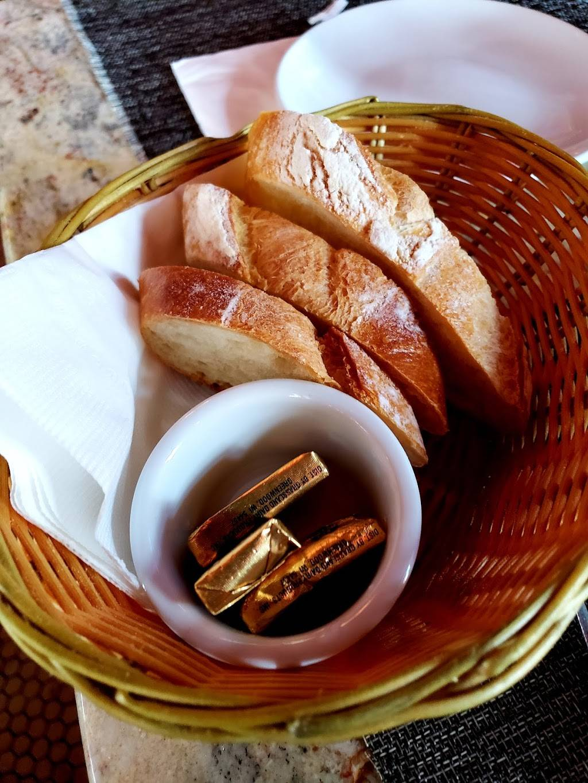 The Paris Cafe   restaurant   119 South St, New York, NY 10038, USA   2122409797 OR +1 212-240-9797