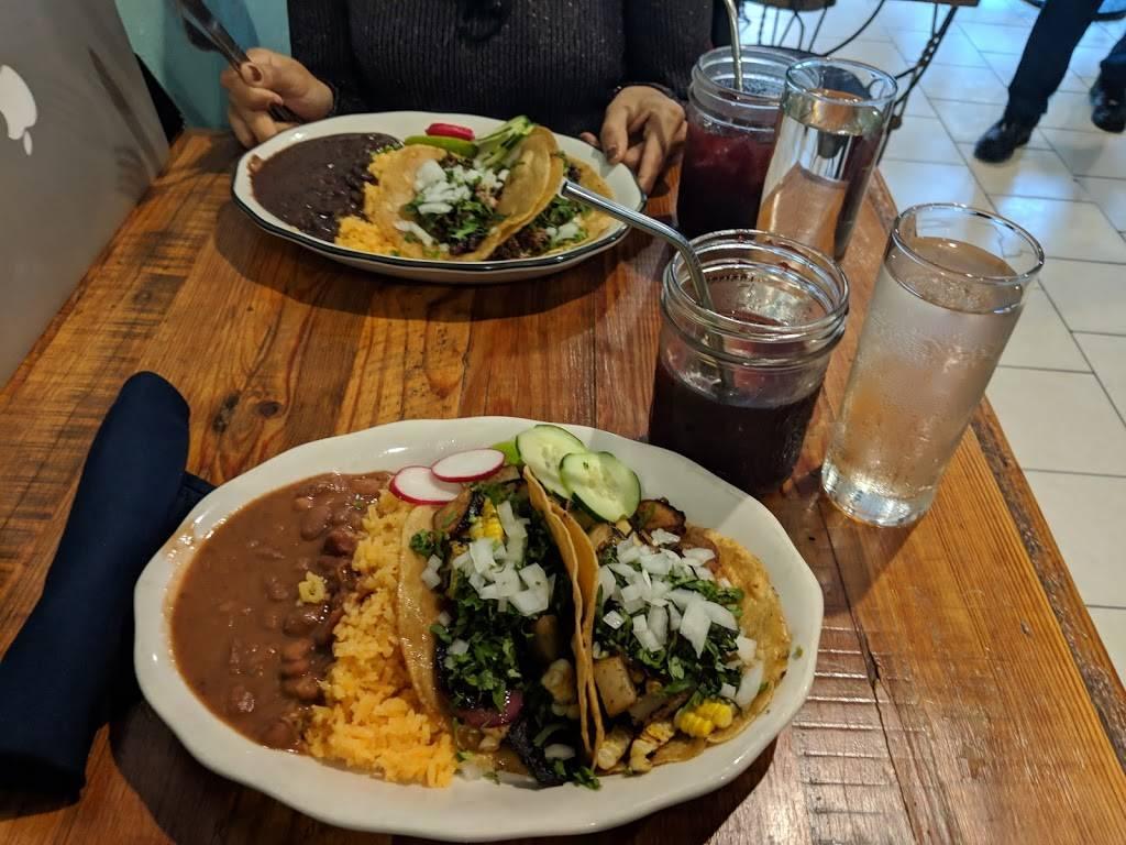 Coszcal De Allende | restaurant | 6824 3rd Ave, Brooklyn, NY 11220, USA | 7189213523 OR +1 718-921-3523