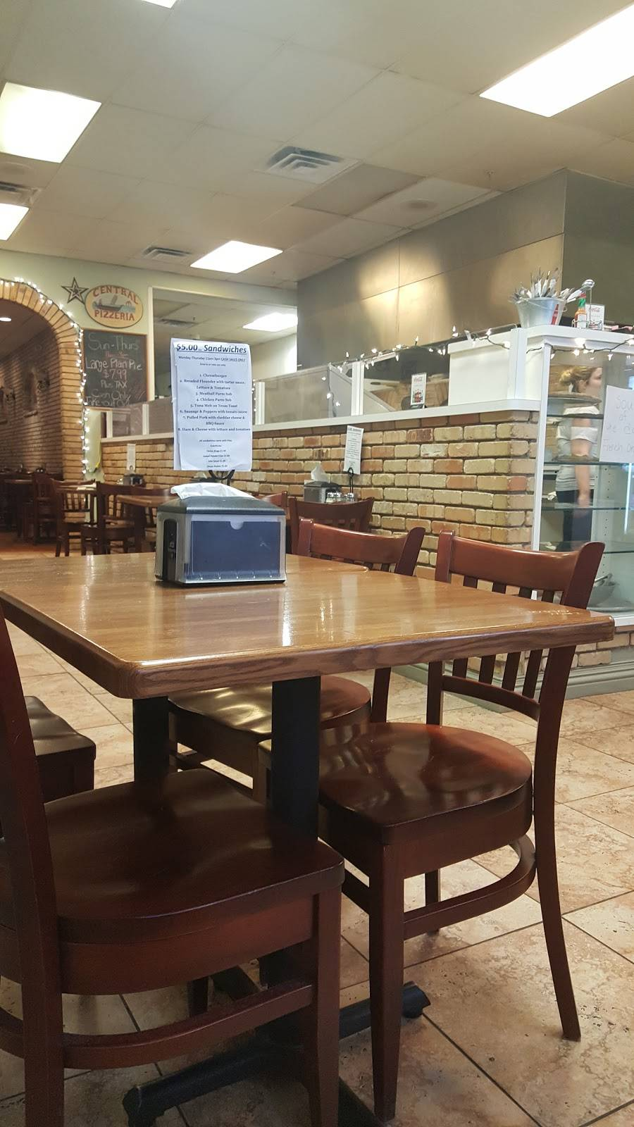 Central Pizzeria   restaurant   126 W Main St, Somerville, NJ 08876, USA   9087228272 OR +1 908-722-8272