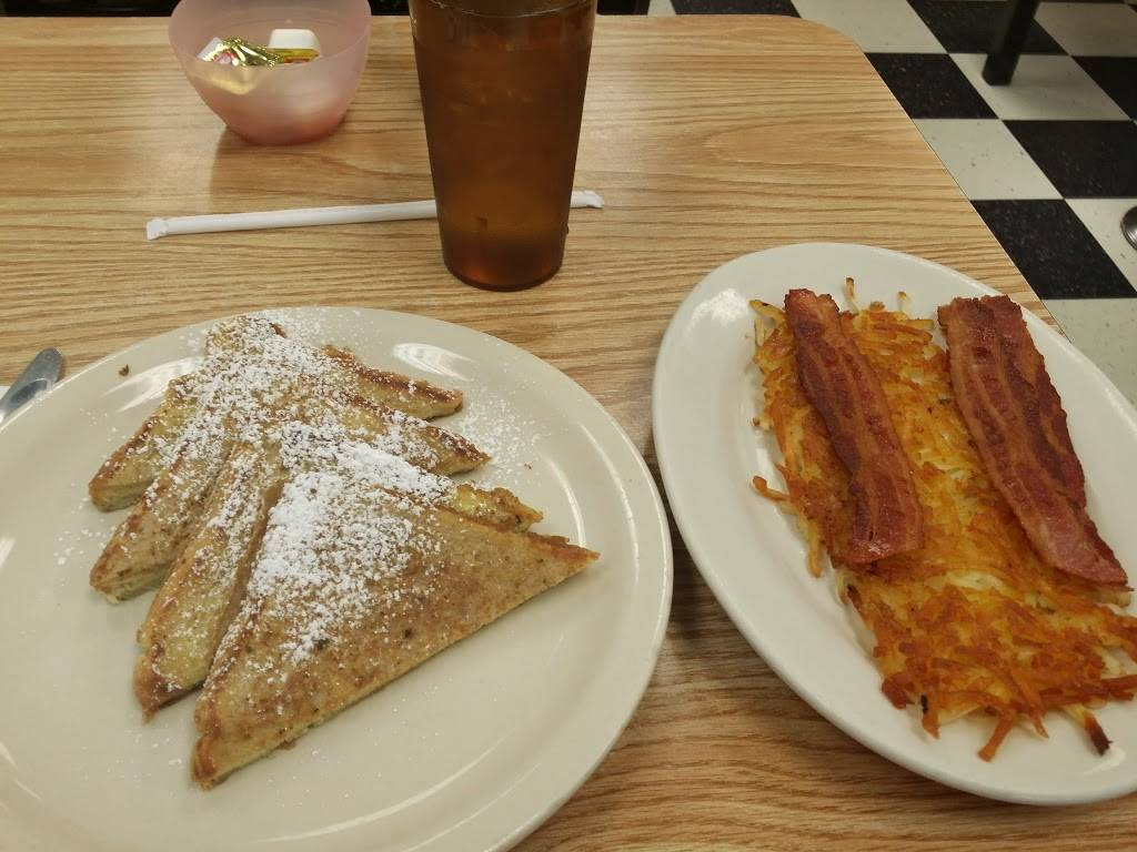 Eat At Joes | restaurant | 1475 S Green Rd, Cleveland, OH 44121, USA | 2163813101 OR +1 216-381-3101