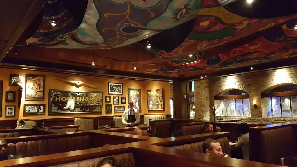 Houlihans   restaurant   65 US-1, Metuchen, NJ 08840, USA   7322051900 OR +1 732-205-1900