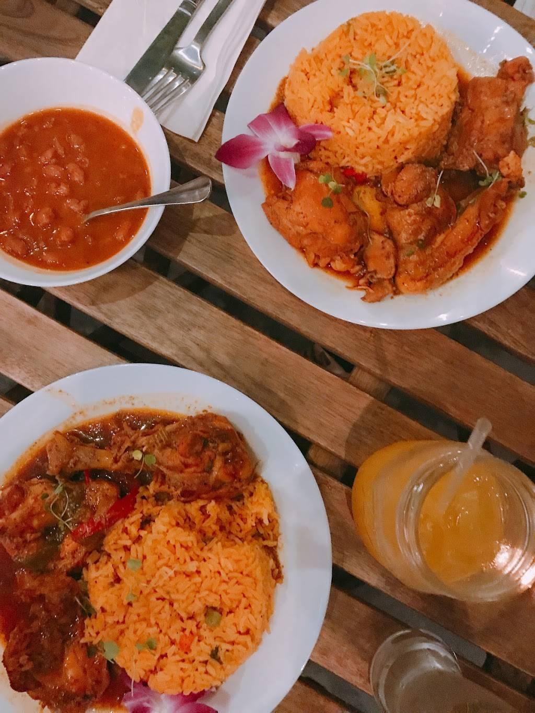 Santiago's Beer Garden   restaurant   2337 1st Avenue, New York, NY 10035, USA   2129206165 OR +1 212-920-6165