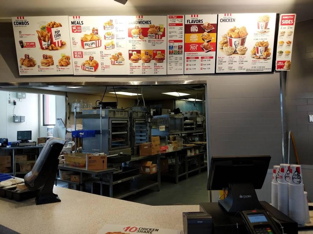 KFC | restaurant | 2703 S, Cabelas Pkwy, Gonzales, LA 70737, USA | 2256442148 OR +1 225-644-2148
