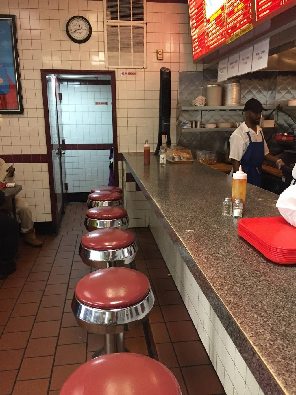 Jumbo Hamburgers | restaurant | 274 W 145th St, New York, NY 10039, USA | 2124915444 OR +1 212-491-5444