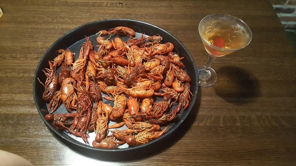 TNT Seafood Bar | restaurant | 405 Belle Terre Blvd, Laplace, LA 70068, USA | 9853596312 OR +1 985-359-6312