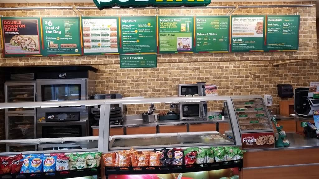 Subway Restaurants | restaurant | 3511 Crain Hwy, Upper Marlboro, MD 20772, USA | 3017803815 OR +1 301-780-3815