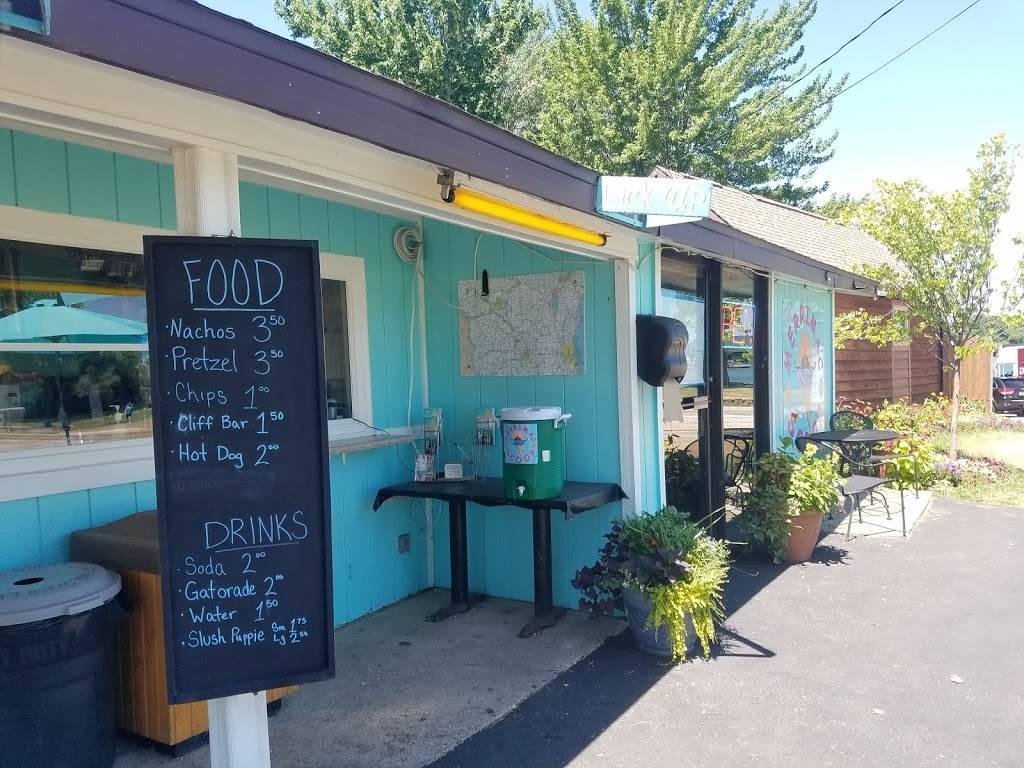 The Merrimac Scoop | restaurant | N2499 WI-188, Lodi, WI 53555, USA | 6086226799 OR +1 608-622-6799