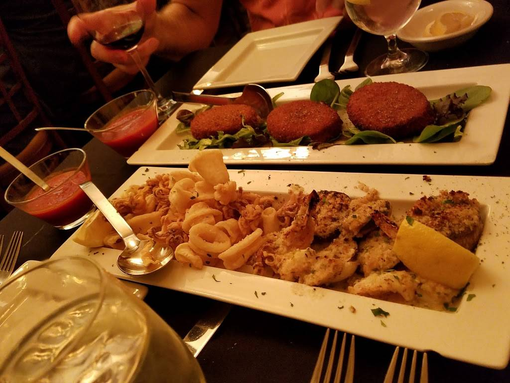 Biagios | restaurant | 8402 Cooper Ave, Ridgewood, NY 11385, USA | 7188949800 OR +1 718-894-9800