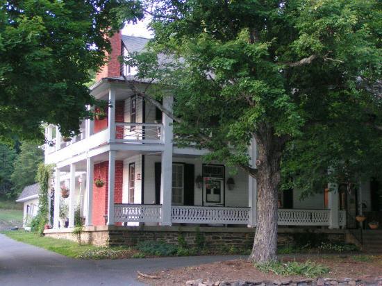 The Buckhorn Inn   restaurant   2487 Hanky Mountain Hwy, Churchville, VA 24421, USA   5408305881 OR +1 540-830-5881