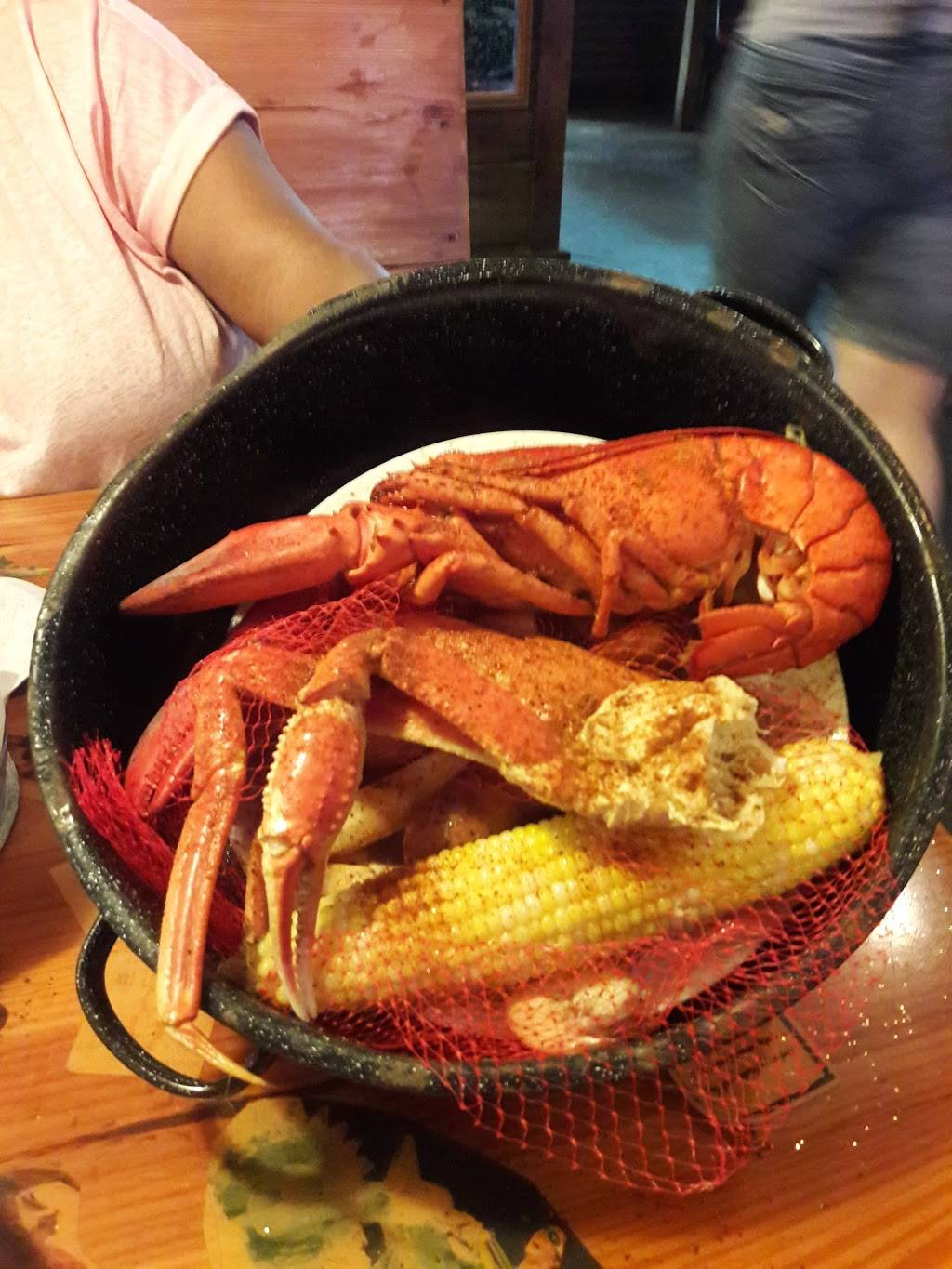 Joes Crab Shack   restaurant   2730 Gulf to Bay Blvd, Clearwater, FL 33759, USA   7277998530 OR +1 727-799-8530