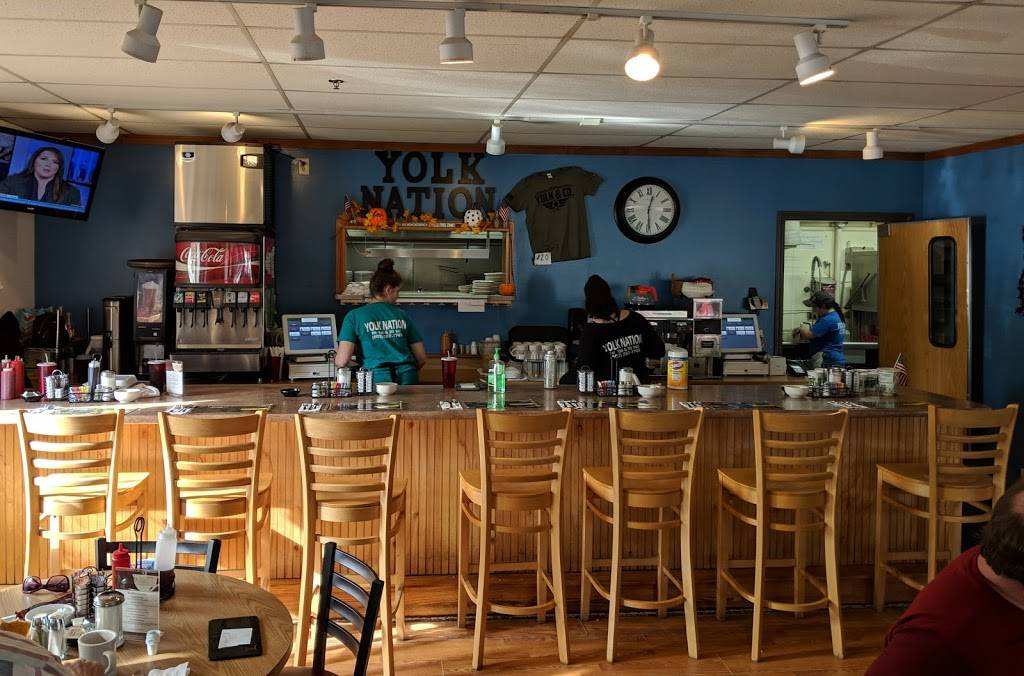 J&Js Yolk & Co. | restaurant | 936 Laconia Rd, Belmont, NH 03220, USA | 6032677748 OR +1 603-267-7748