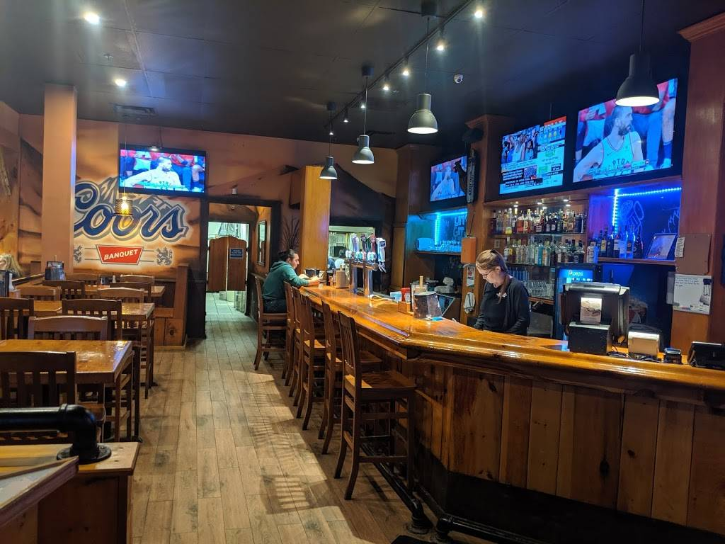 Wild Wing | restaurant | 75 Alder St, Orangeville, ON L9W 5A9, Canada | 5199417171 OR +1 519-941-7171