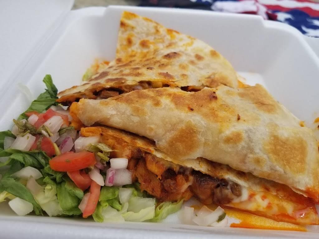 Mundos Taco Truck | restaurant | Cove - East Side - Shippan, Stamford, CT 06902, USA | 2033099596 OR +1 203-309-9596