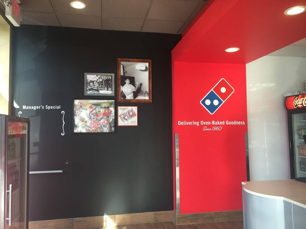 Dominos Pizza | meal delivery | 10 Taft Ave, Poughkeepsie, NY 12603, USA | 8454735500 OR +1 845-473-5500