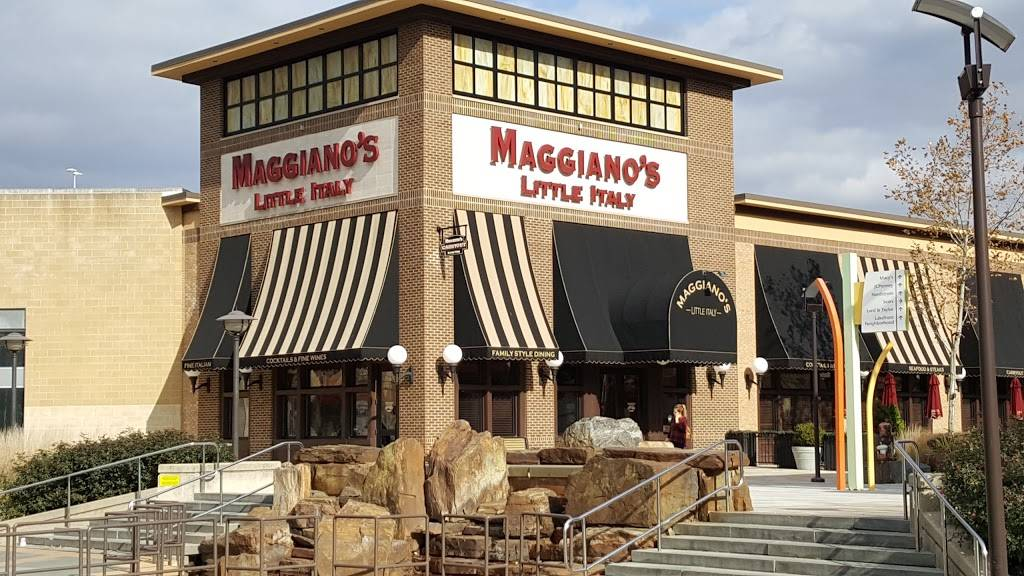 Maggianos Little Italy | restaurant | 10300 Little Patuxent Pkwy #3160, Columbia, MD 21044, USA | 4107303706 OR +1 410-730-3706