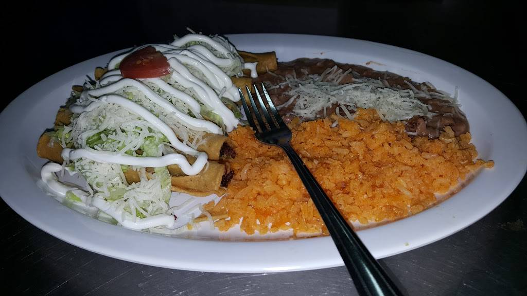 Birria Estilo Michoacan   restaurant   1711 W Broadway Rd, Phoenix, AZ 85041, USA   6022536159 OR +1 602-253-6159