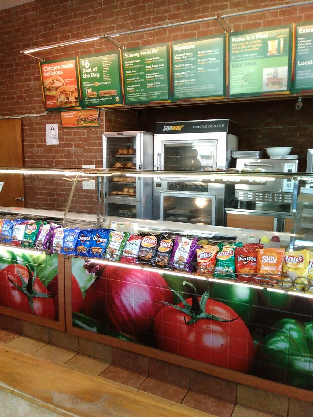 Subway Restaurants | restaurant | 400 Myrtle Ave, Brooklyn, NY 11205, USA | 7187974394 OR +1 718-797-4394