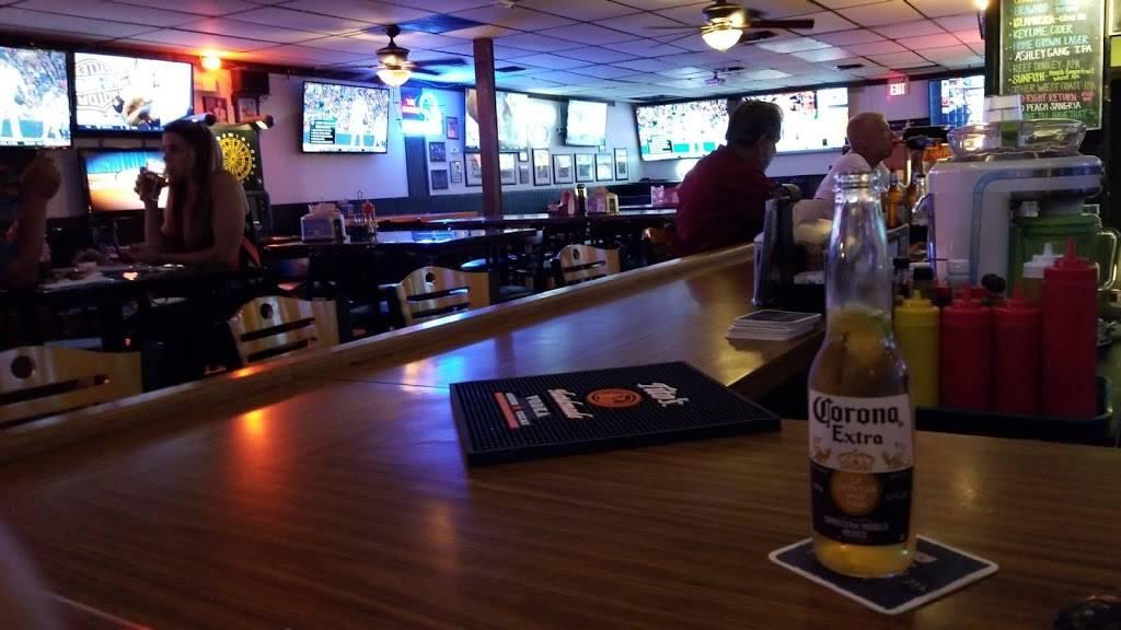 The Stadium   restaurant   2349 Seven Springs Blvd, New Port Richey, FL 34655, USA   7273728168 OR +1 727-372-8168