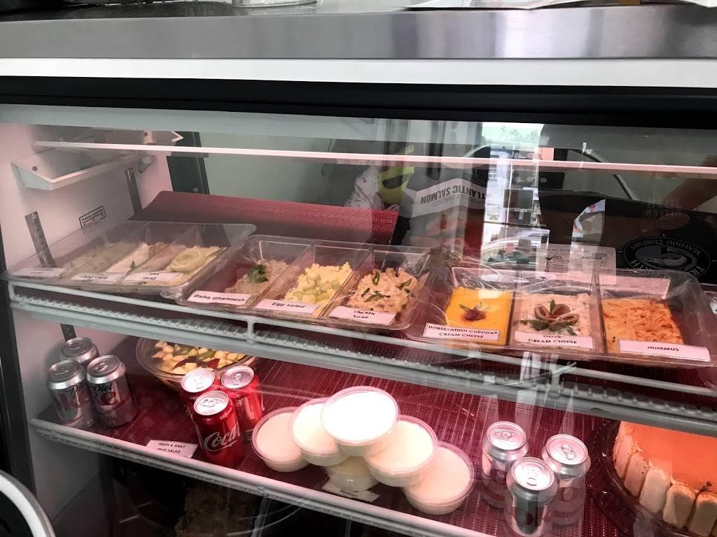 Talias Grille   bakery   122 W Girard Ave, Philadelphia, PA 19123, USA   2154139737 OR +1 215-413-9737