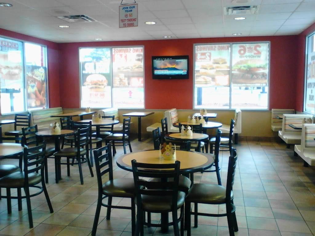 Burger King   restaurant   2729 N Main St, Rutland, VT 05701, USA   8027750295 OR +1 802-775-0295