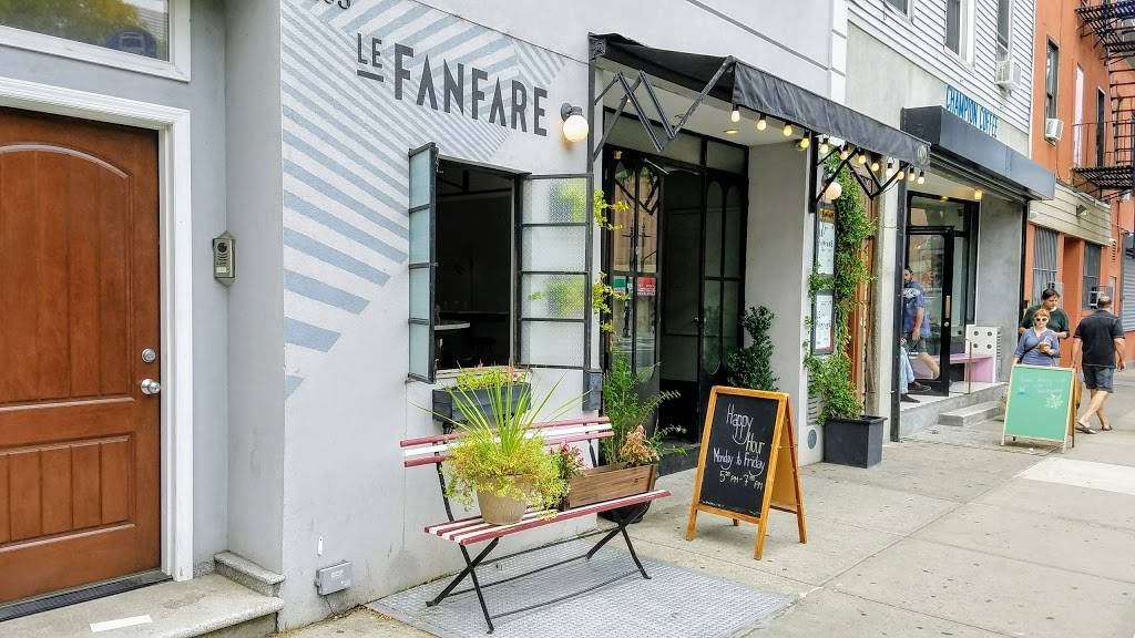 Le Fanfare | restaurant | 1103 Manhattan Ave, Brooklyn, NY 11222, USA | 3479874244 OR +1 347-987-4244