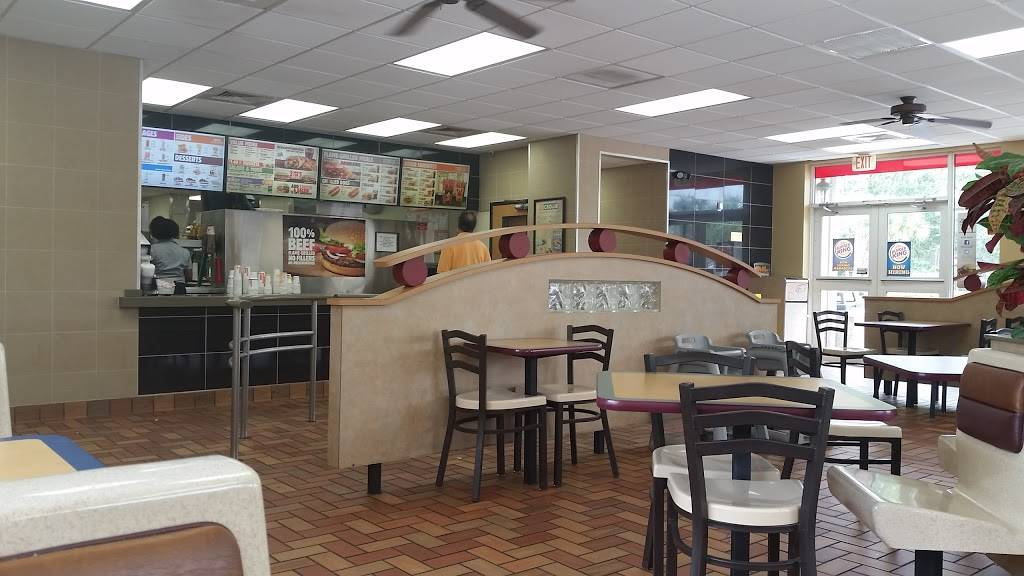 Burger King | restaurant | 7080 Seminole Pratt Whitney Rd, Loxahatchee, FL 33470, USA | 5617987026 OR +1 561-798-7026