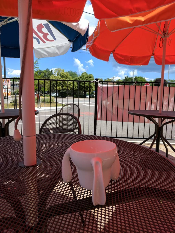 Dunkin Donuts | cafe | 4445 Golf Rd, Skokie, IL 60076, USA | 8476757800 OR +1 847-675-7800