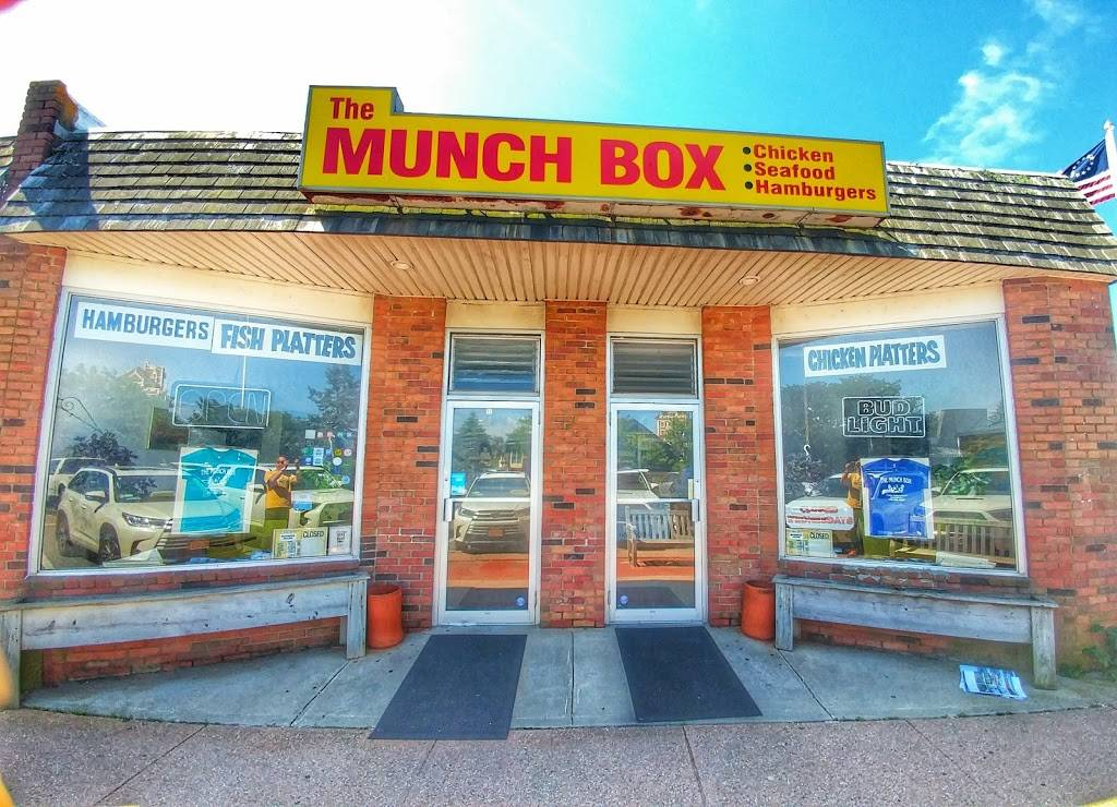 Munch Box | meal takeaway | 41 The Plaza F, Montauk, NY 11954, USA | 6316685009 OR +1 631-668-5009