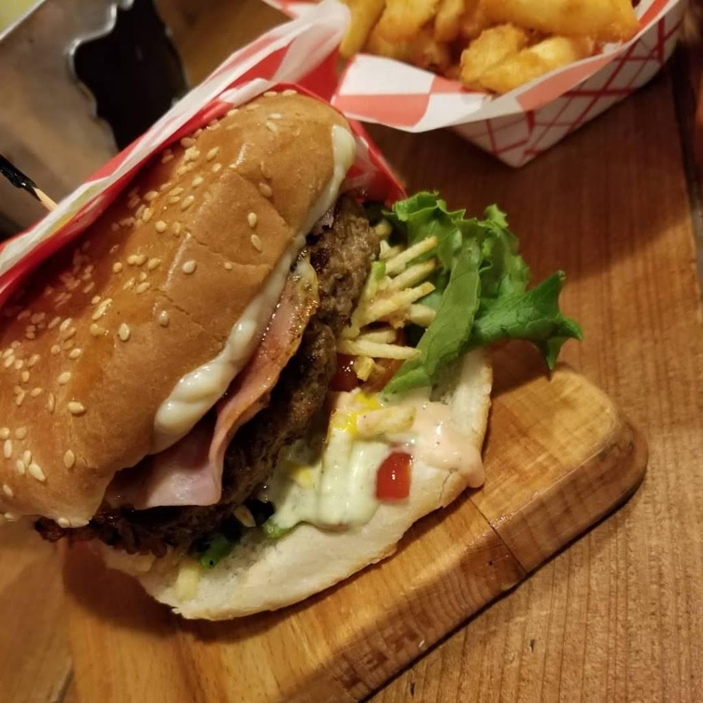 Arepas burger | restaurant | 81-05 Northern Blvd, Jackson Heights, NY 11372, USA | 7185330016 OR +1 718-533-0016