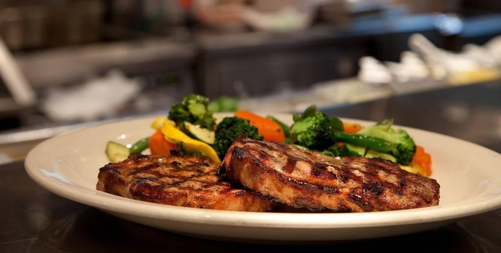 Charlestons Restaurant | restaurant | 3020 S Hulen St, Fort Worth, TX 76109, USA | 8177358900 OR +1 817-735-8900