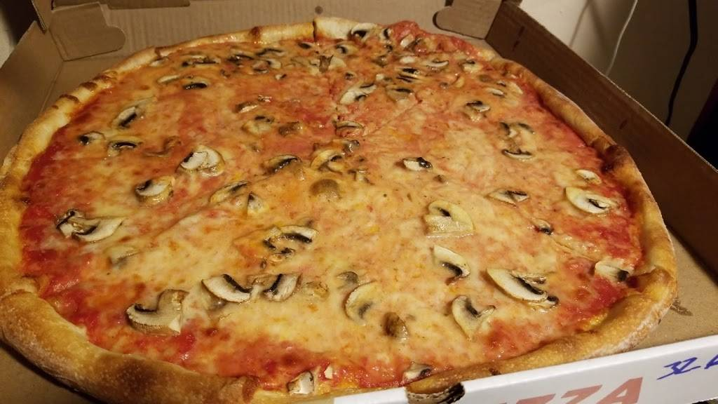 Leos Pizza | meal takeaway | 31-01 36th Ave, Astoria, NY 11106, USA | 7187218700 OR +1 718-721-8700
