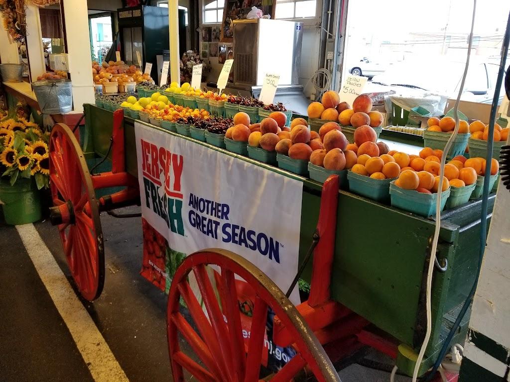 Trenton Farmers Market | bakery | 960 Spruce St, Lawrence Township, NJ 08648, USA | 6096952998 OR +1 609-695-2998