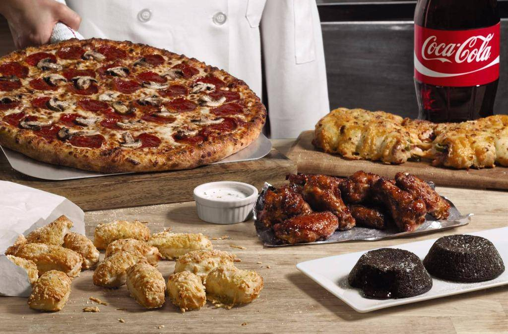 Dominos Pizza | meal delivery | 7490 Old National Hwy Ste 1800, Riverdale, GA 30296, USA | 6785933030 OR +1 678-593-3030