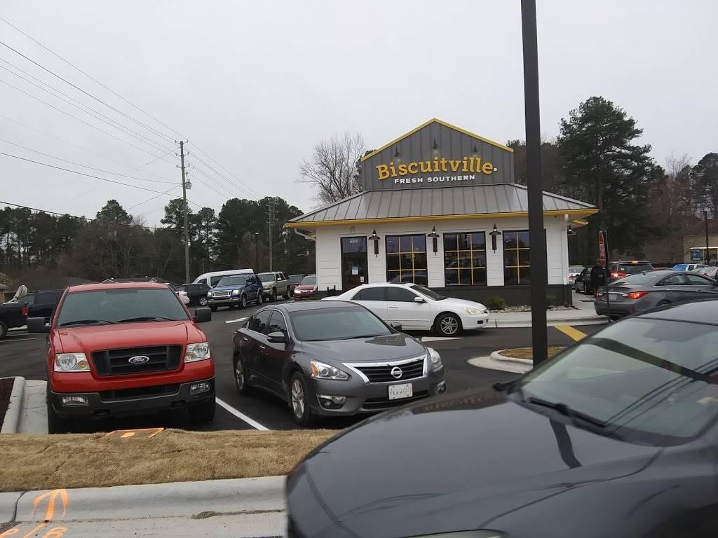 Biscuitville   restaurant   1537 Dabney Dr, Henderson, NC 27536, USA   2526288290 OR +1 252-628-8290