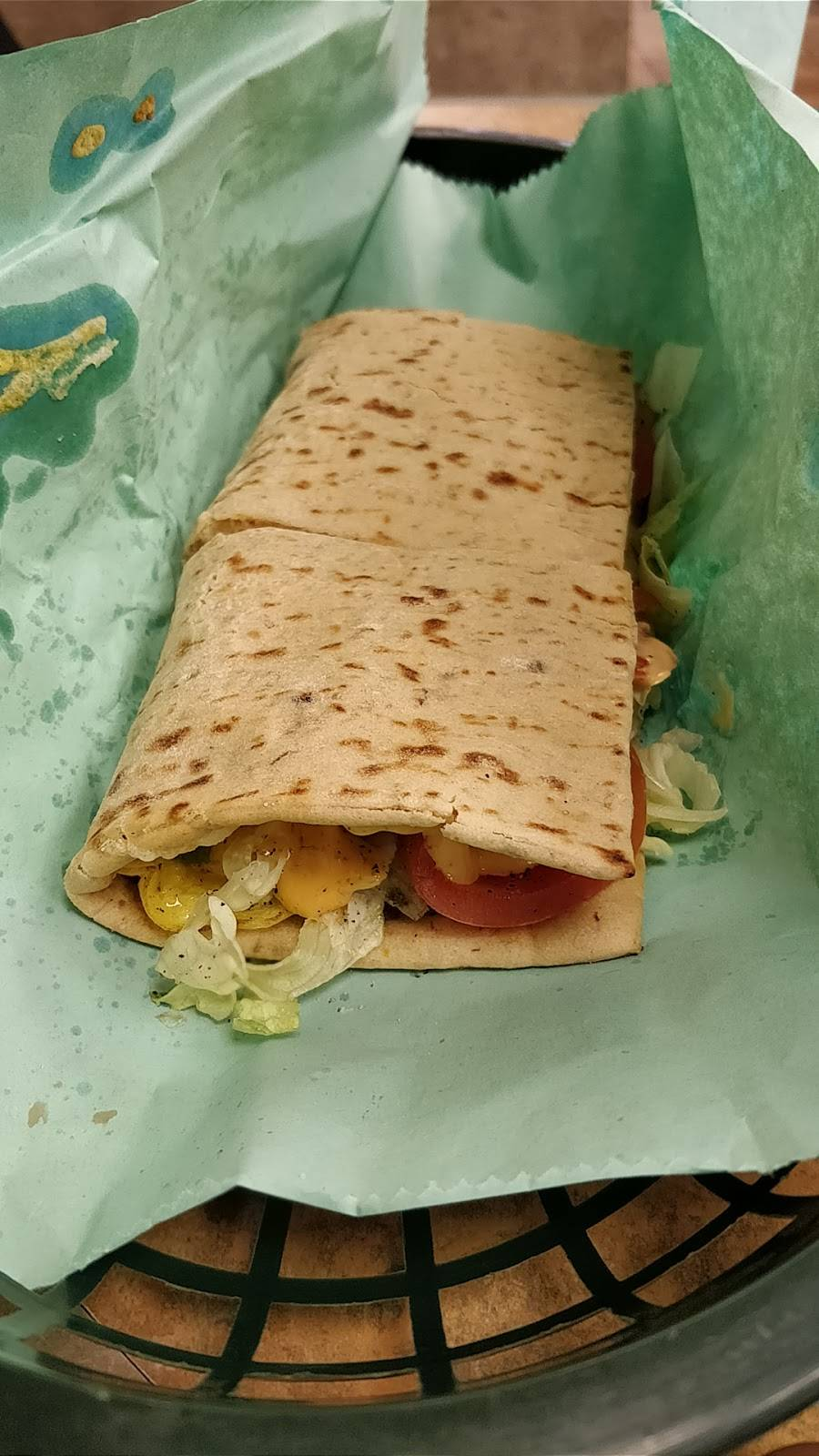 Subway | restaurant | 413 Central Ave, Jersey City, NJ 07307, USA | 2012175666 OR +1 201-217-5666