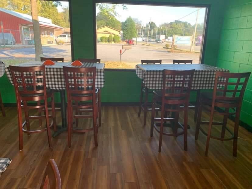 Greenway Pizza | restaurant | 520 N Green St, Morganton, NC 28655, USA | 8284757499 OR +1 828-475-7499