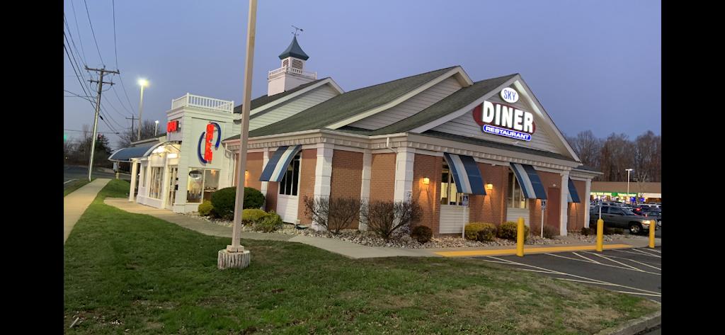 Sky Diner | restaurant | 30 Leetes Island Rd, Branford, CT 06405, USA | 2032081096 OR +1 203-208-1096