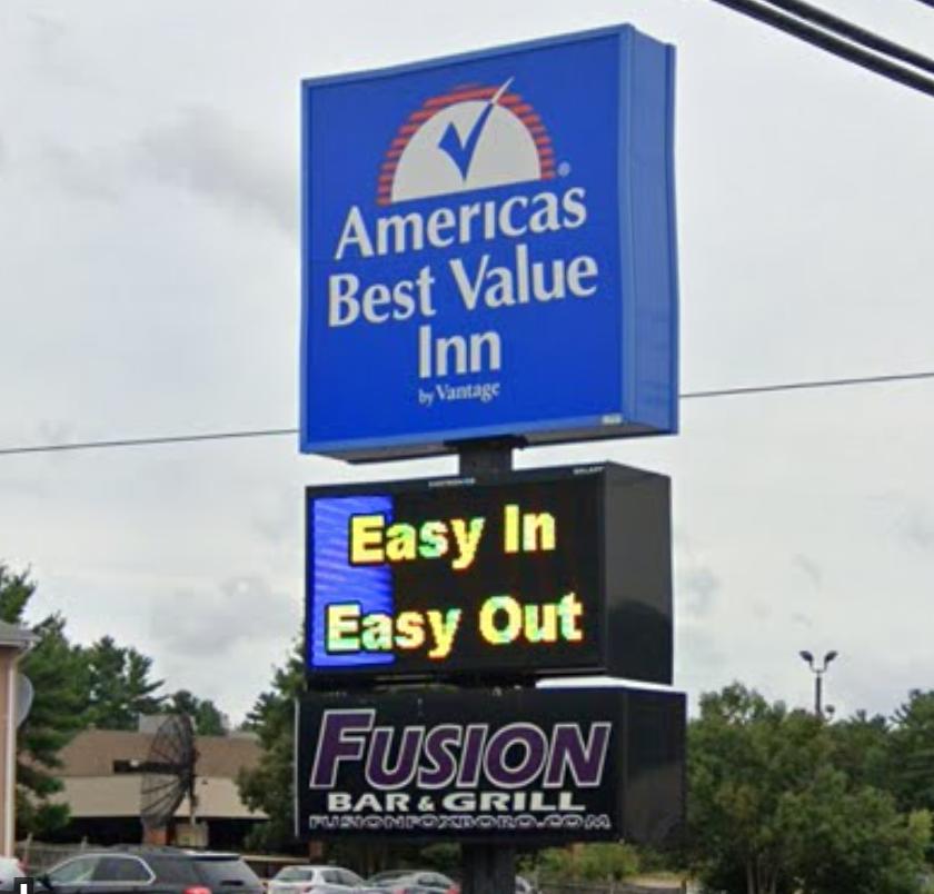 Fusion Bar & Grill   night club   105 Washington St, Foxborough, MA 02035, USA   5085430599 OR +1 508-543-0599
