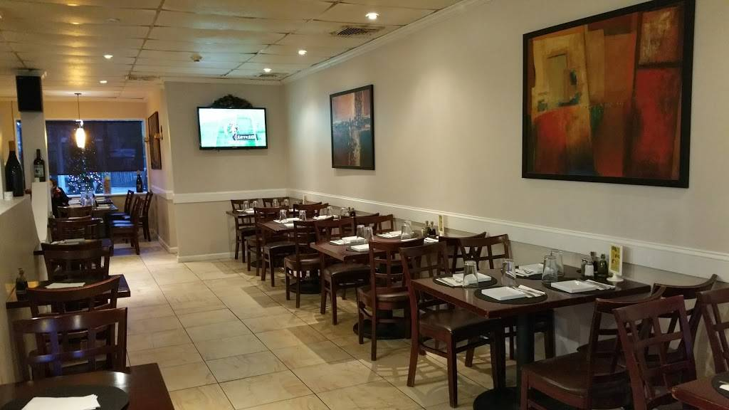 Baggios Pizza Restaurant | meal delivery | 212 Main St, Fort Lee, NJ 07024, USA | 2015857979 OR +1 201-585-7979