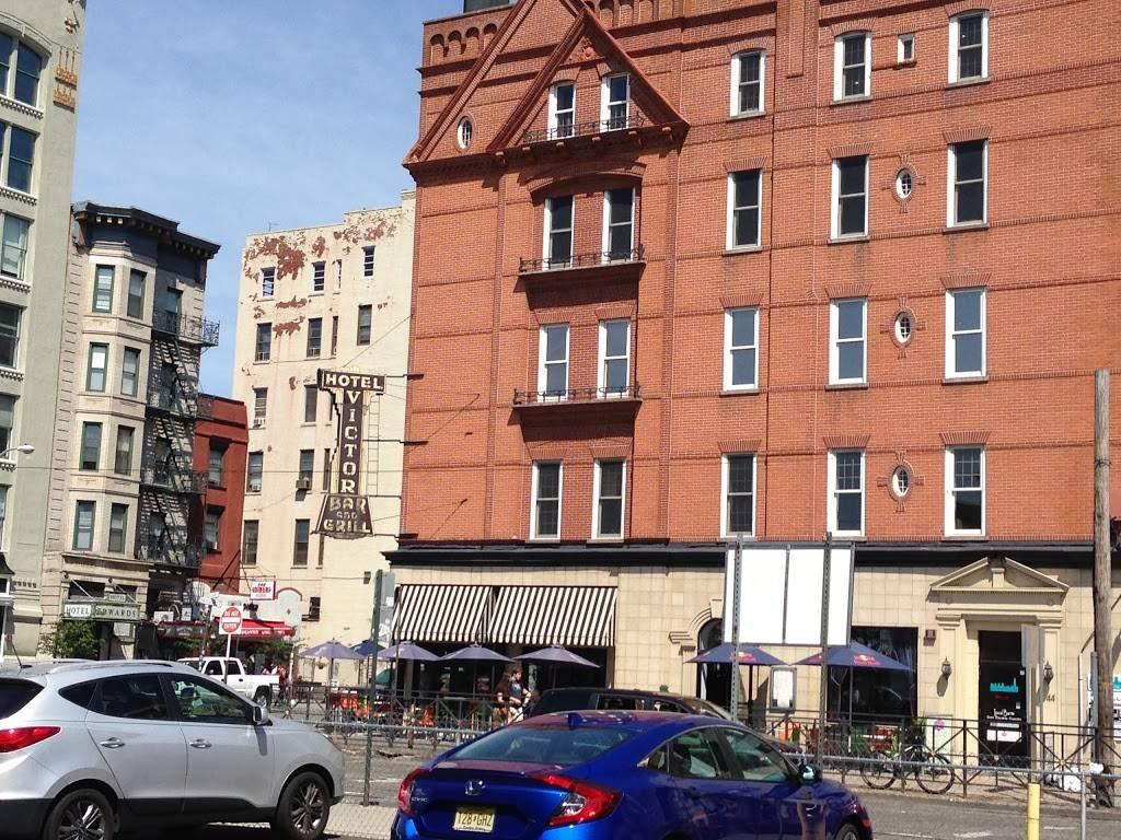 Dunkin Donuts | cafe | 700 Washington Ave, Hoboken, NJ 07030, USA | 2017980444 OR +1 201-798-0444