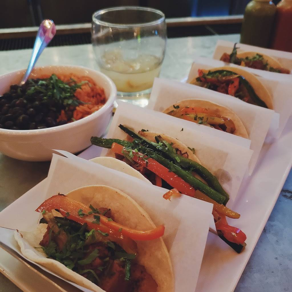 Orale Mexican Kitchen | restaurant | 1426 Willow Ave, Hoboken, NJ 07030, USA | 2019423937 OR +1 201-942-3937