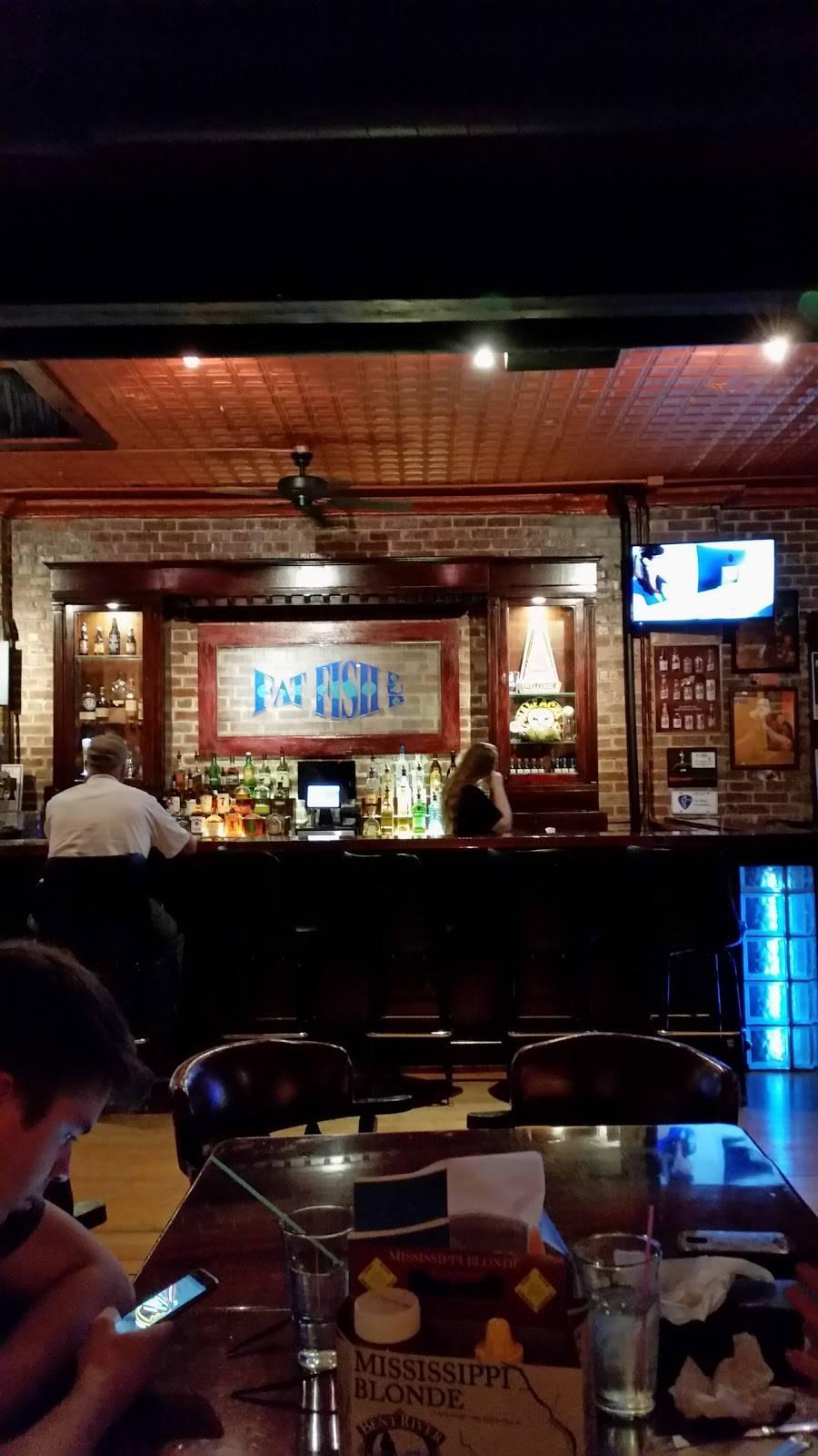 Fat Fish Pub   night club   158 N Broad St, Galesburg, IL 61401, USA   3092974386 OR +1 309-297-4386