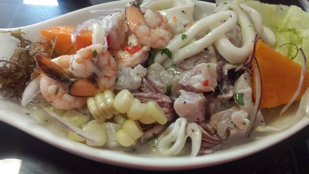 Los Nisperos | restaurant | 500 E 149th St, Bronx, NY 10455, USA | 7182923377 OR +1 718-292-3377