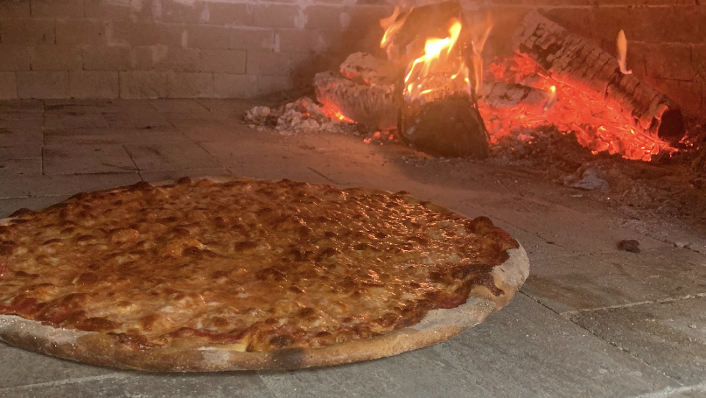 Brick Oven On Main | meal delivery | 4270 Main St, Bridgeport, CT 06606, USA | 2038706836 OR +1 203-870-6836