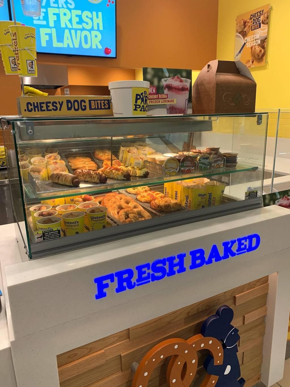 Wetzels Pretzels Boca Raton | bakery | 6000 Glades Rd Ste 1008D, Boca Raton, FL 33431, USA | 5612216148 OR +1 561-221-6148