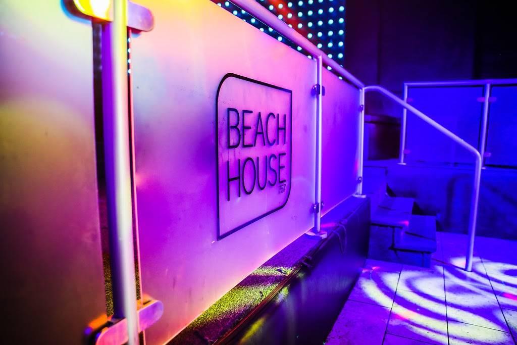 BeachHouse 757   restaurant   1910 Atlantic Ave, Virginia Beach, VA 23451, USA   7579375839 OR +1 757-937-5839